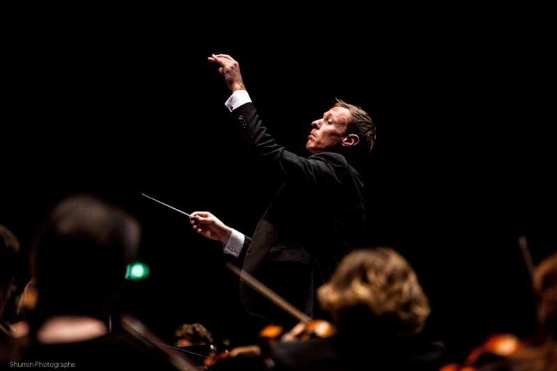 Maxime Tortelier à la tête de l'Orchestre Symphonique de Saint-Etienne